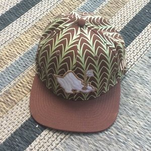 Oahu Golf Apparel Aulani hat